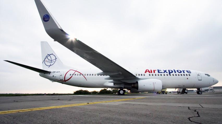 Air Explore Boeing 737-800
