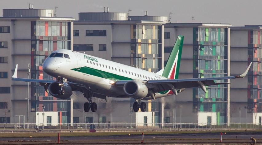 Alitalia Embraer 190