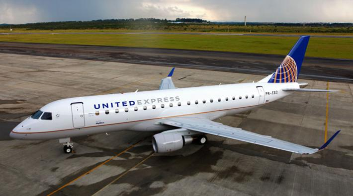 United Airlines Embraer
