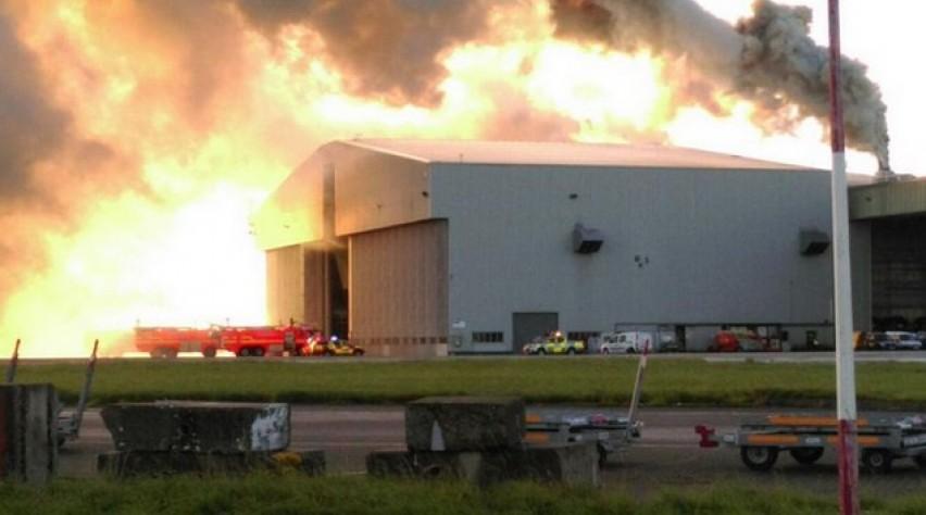 dublin, luchthaven, brand, hangar