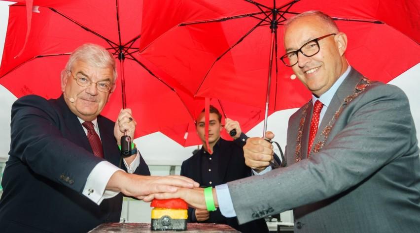 Opening Vertrekhal Avoutaleb Van Zanen Rotterdam