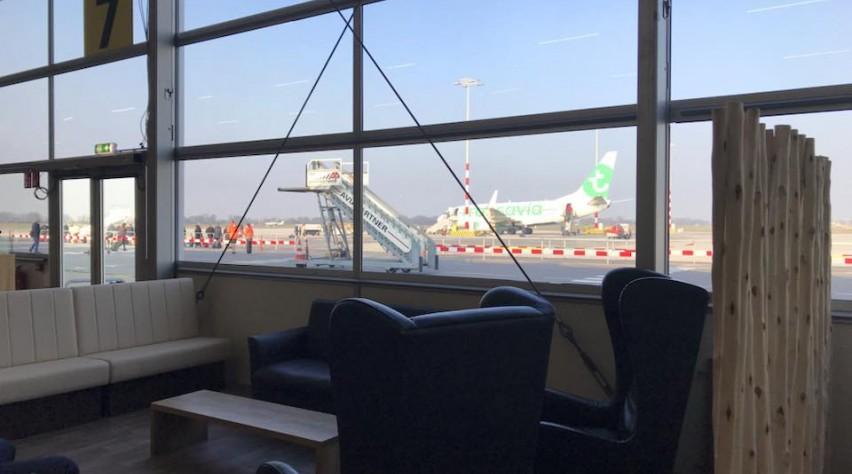 Tijdelijke vertrekhal Rotterdam Airport