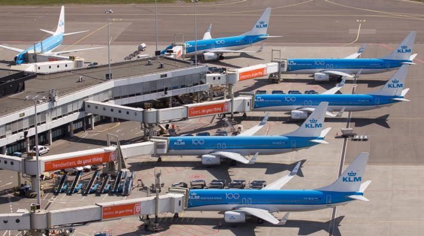 KLM gates