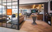 easyJet lounge