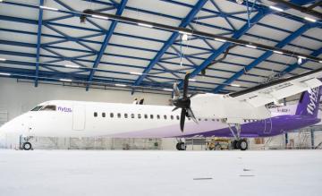 Bombardier Q400 met nieuwe livery
