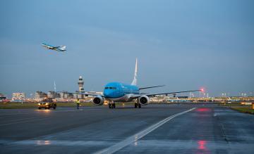 KLM 737-800 PH-BCL